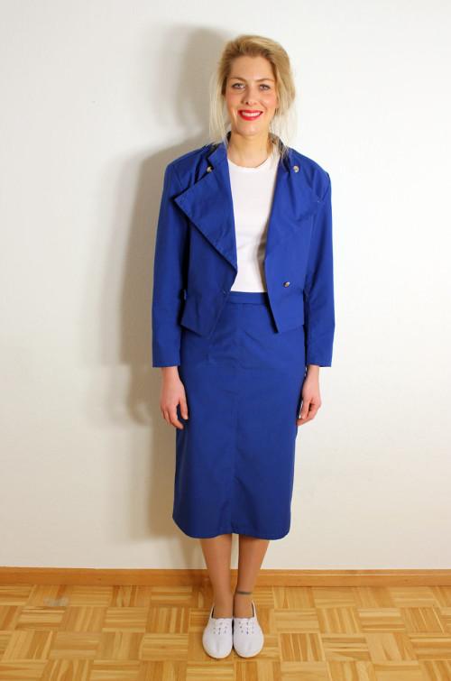vintage-damen-kostuem-blau