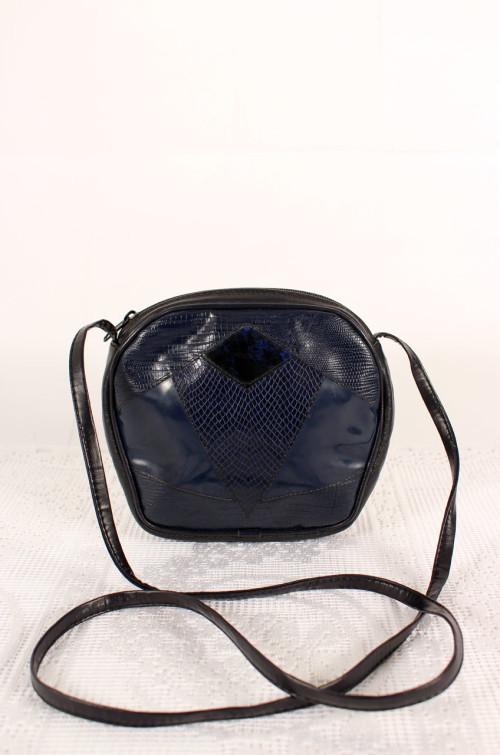 vintage-lackhandtasche-blau
