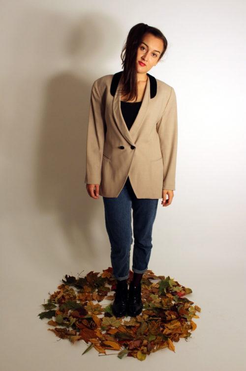 vintage-blazer-beige