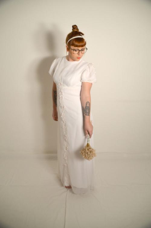 ▷ Vintage Brautkleider & Hochzeitskleider online kaufen ▷ Oma Klara