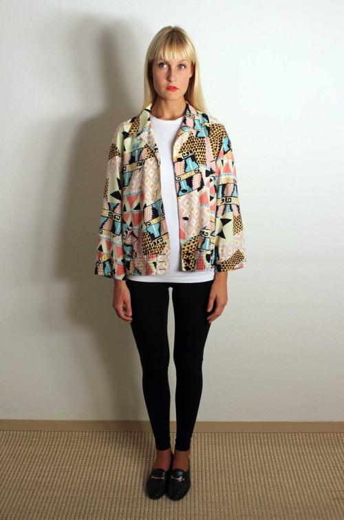 Bunte-Vintage-Jacke-Damen