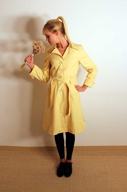 Vintage-Damen-Mantel-gelb