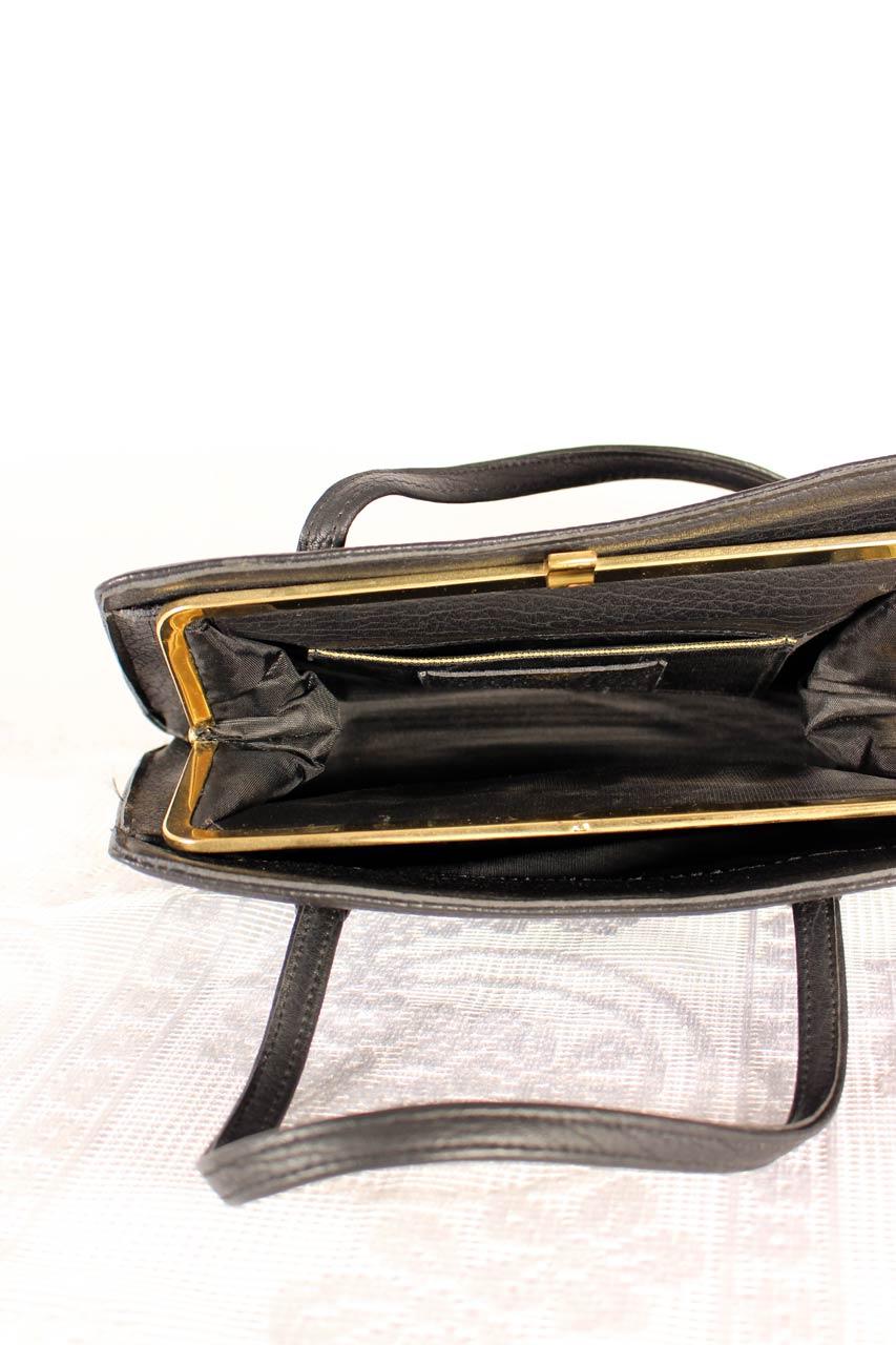 schwarze damen handtasche die tasha oma klara. Black Bedroom Furniture Sets. Home Design Ideas