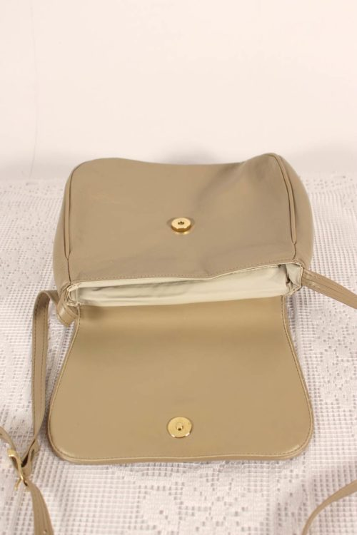 vintage-damen-handtasche-druckknopf