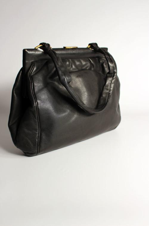 schwarze-vintage-ledertasche-damen