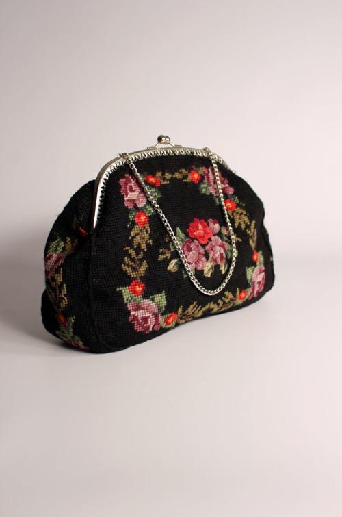 vintage-handtasche-blumenmuster