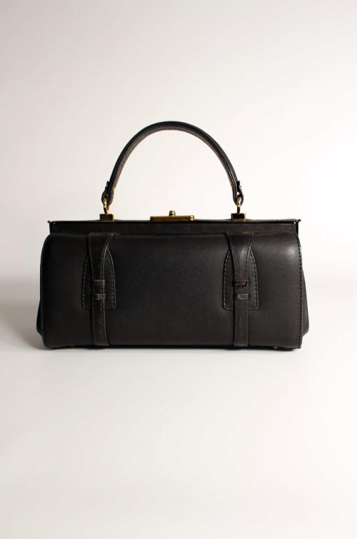 vintage-handtasche-kastenform