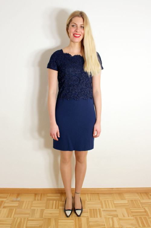 vintage-spitzenkleid-blau
