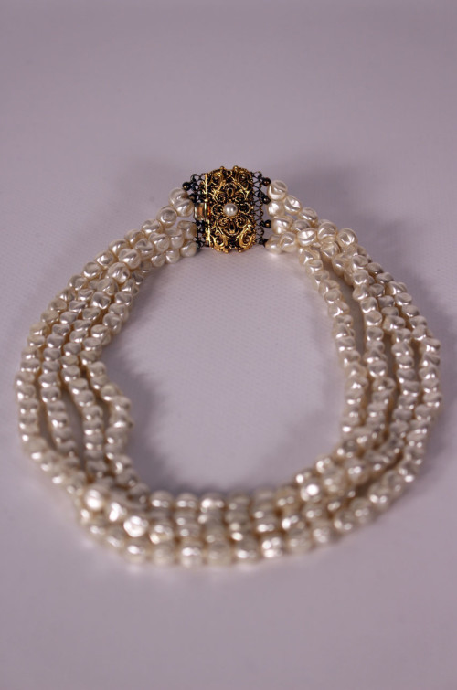 perlmuttkette-goldverschluss
