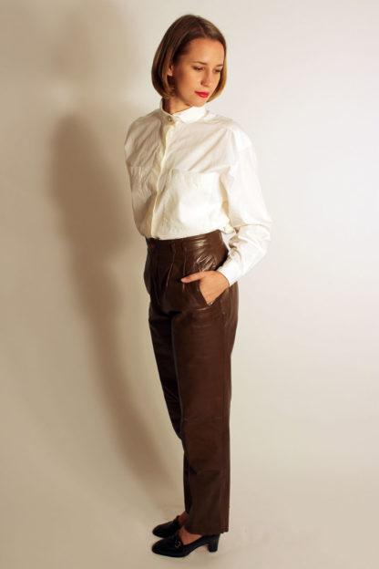 braune-vintage-lederhose-damen