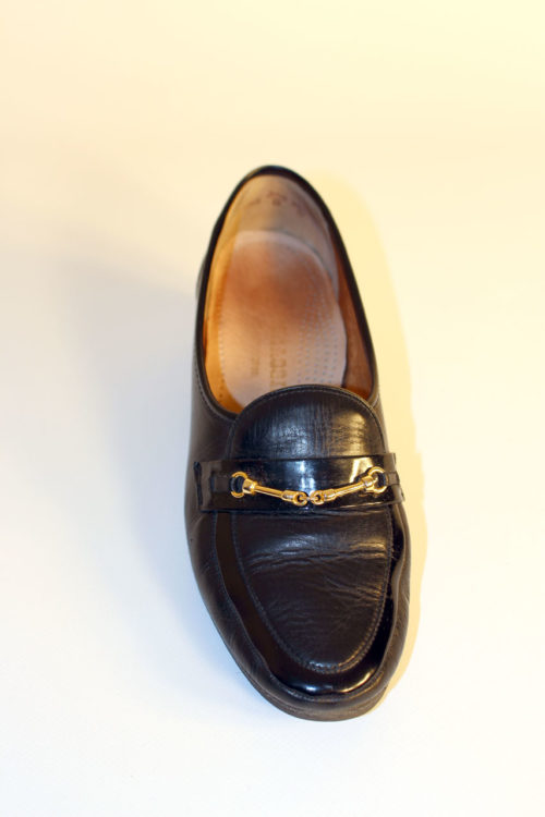 schwarze-slipper-damen