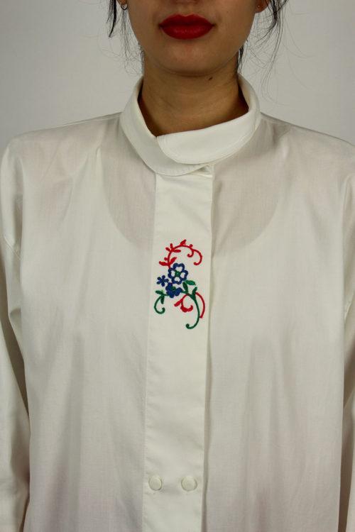 Second-Hand-Bluse-Weiß