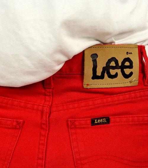 Second-Hand-Hose-Lee