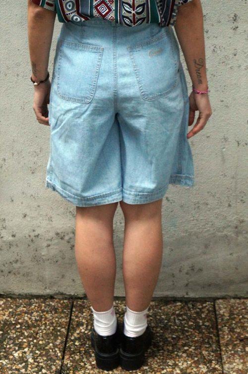 Kurze-Damen-Jeanshose