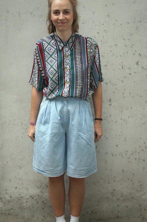 Vintage-Jeanshose-Kurz