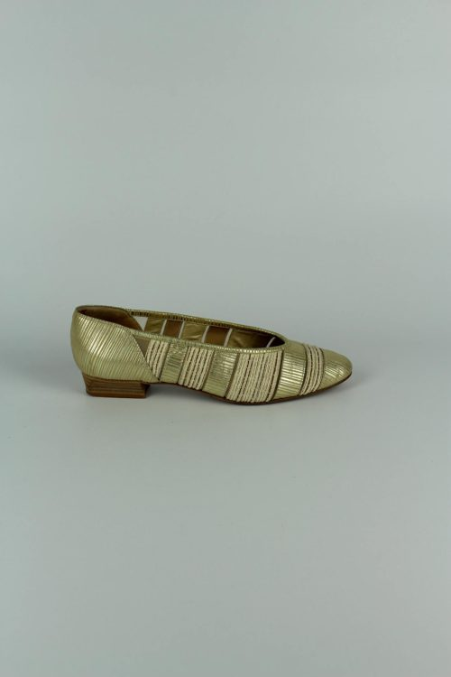 Slipper-goldfarben