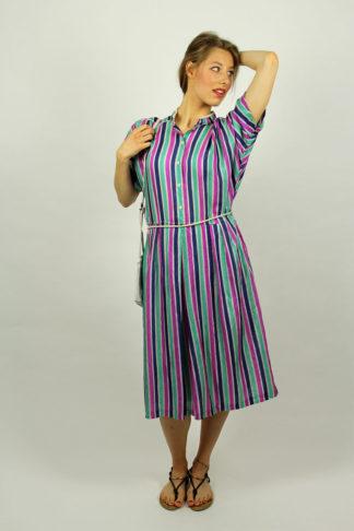 Vintage-Kleid-gestreift