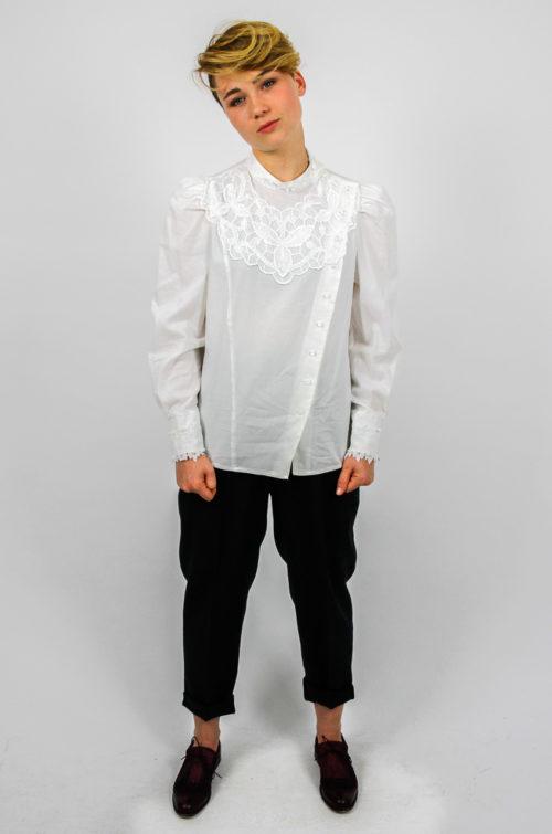 weiße bluse stehkragen