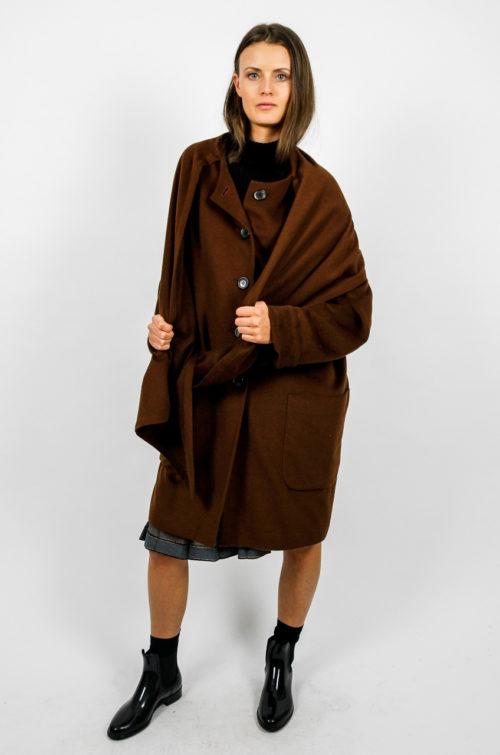 brauner mantel wolle