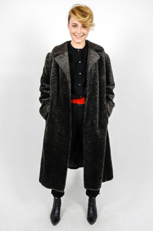 designer vintage mantel