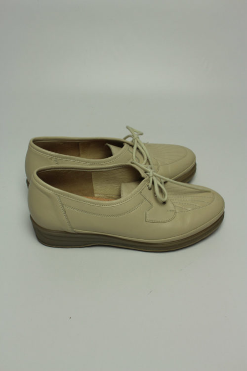 trend retro shoes