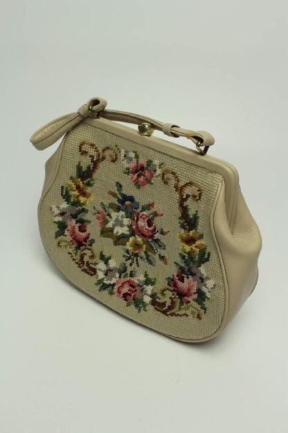 Tasche mit Gobelinmuster