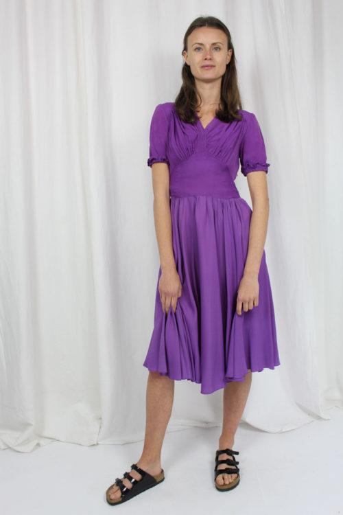 Kleid midi kurzarm lila