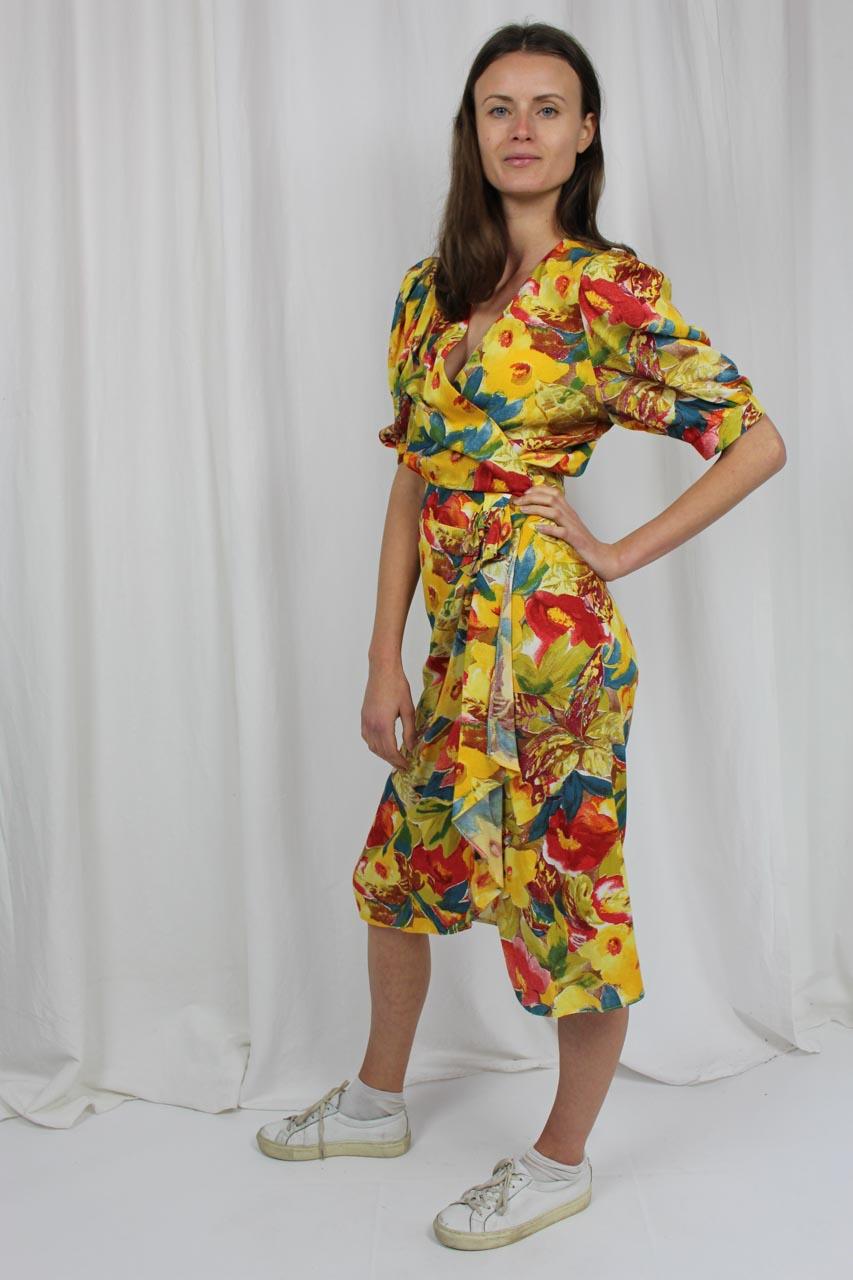 vintage kleid gelb mit blumenmuster 90er jahre eduarda oma klara. Black Bedroom Furniture Sets. Home Design Ideas