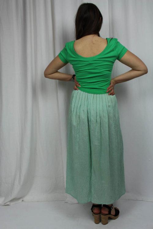 grünes Kleid uni und gestreift