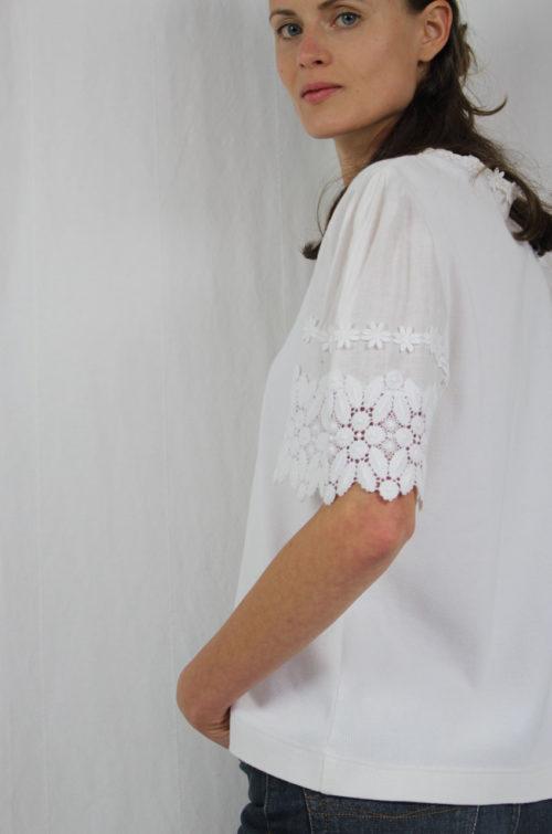 vintage shirt weiß blumenapplikationen