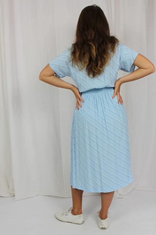Kleid hellblau Streifenmuster
