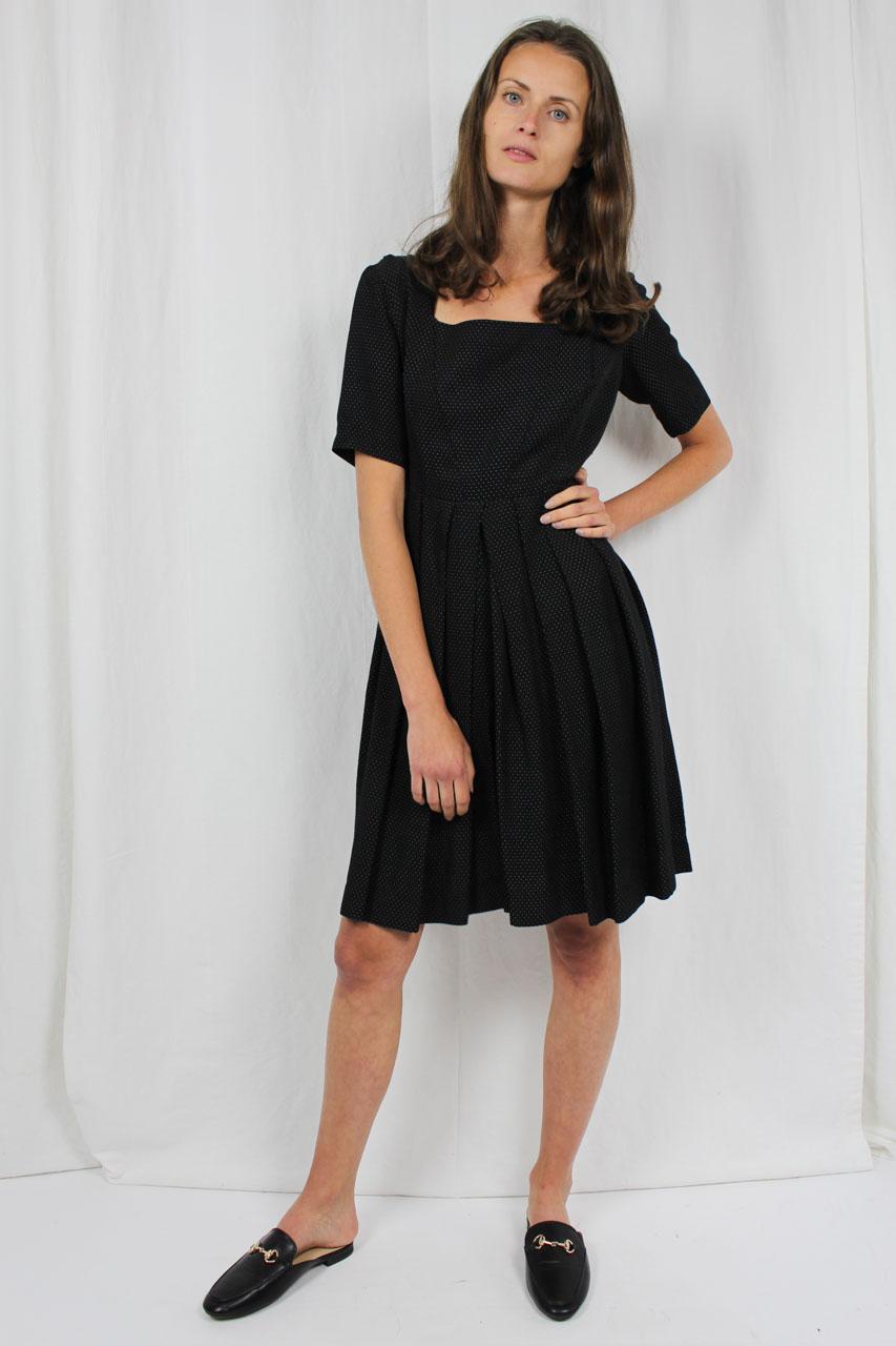vintage kleid schwarz mit wei en punkten anka oma klara. Black Bedroom Furniture Sets. Home Design Ideas
