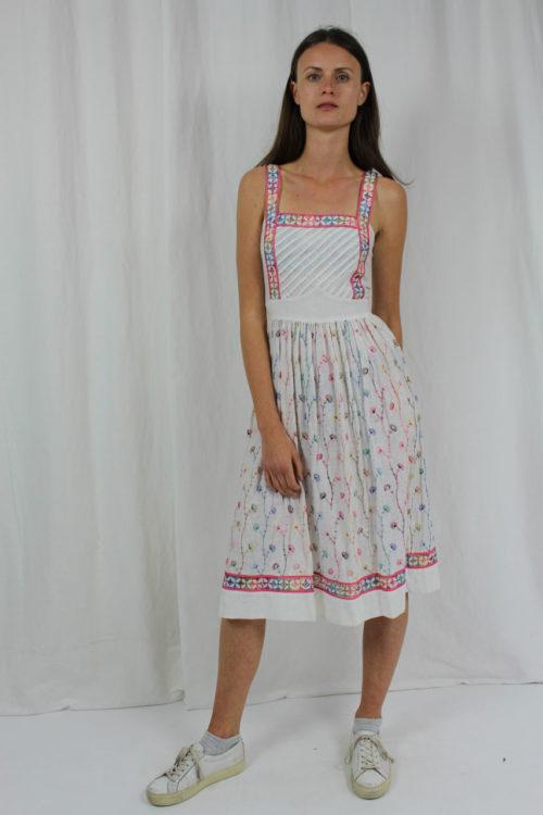 Kleid weiß mit Blumenmuster