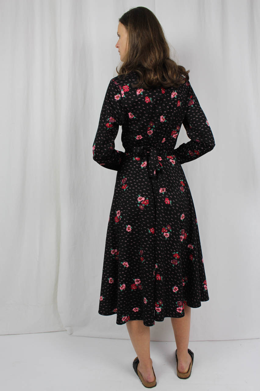 "Vintage Kleid schwarz rosa Blumenmuster ""Taty"" | Oma Klara"