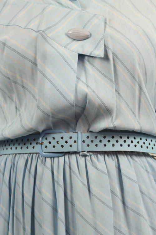 blaues Kleid midi Lochgürtel