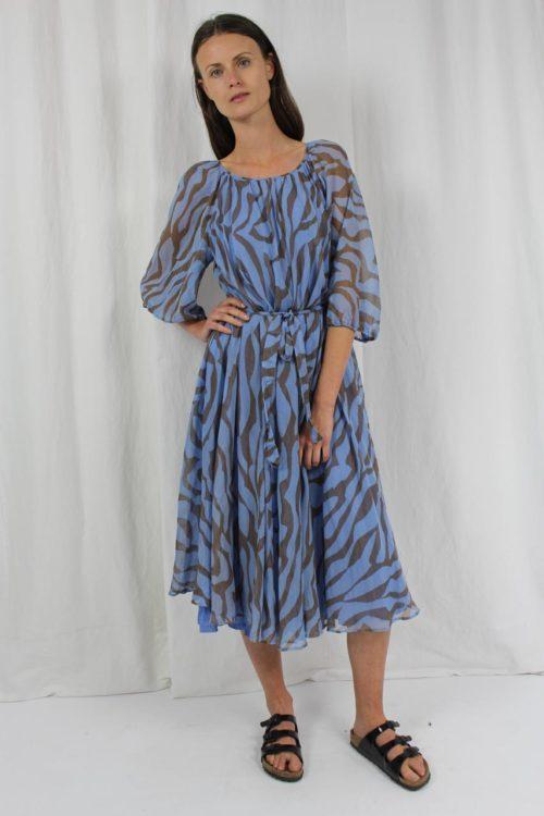 blaues Midikleid Lürman Modell