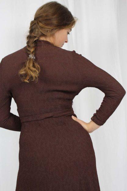 braunes Kleid Langarm