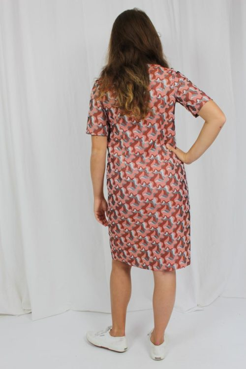 rosa Kleid Muster
