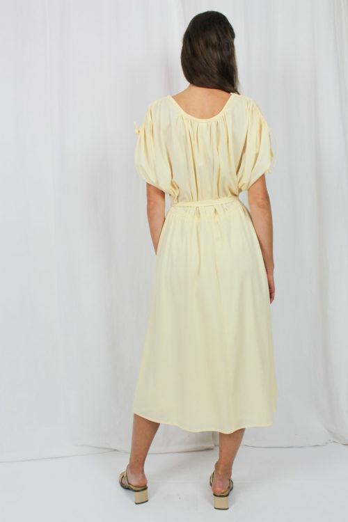 Kleid apricot mit Raffung