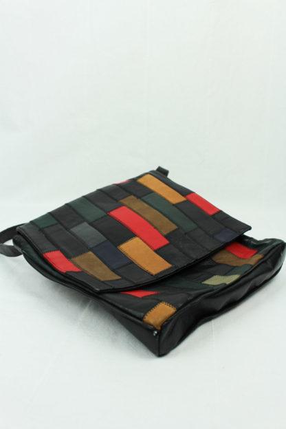 Tasche schwarz bunt