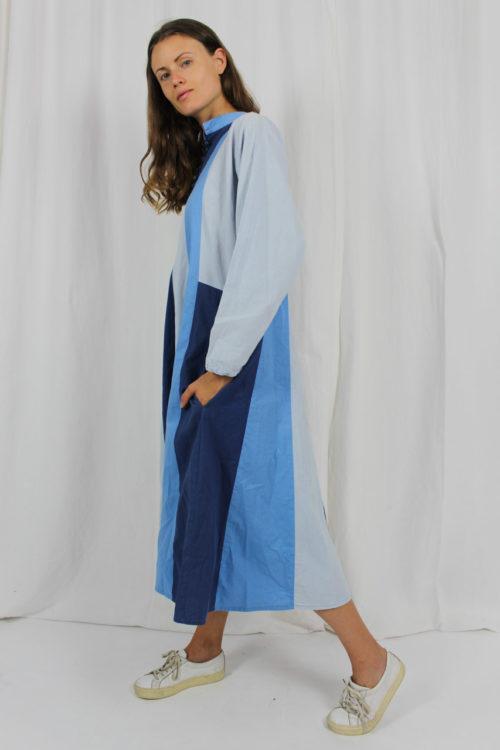 Maxikleid blau Langarm