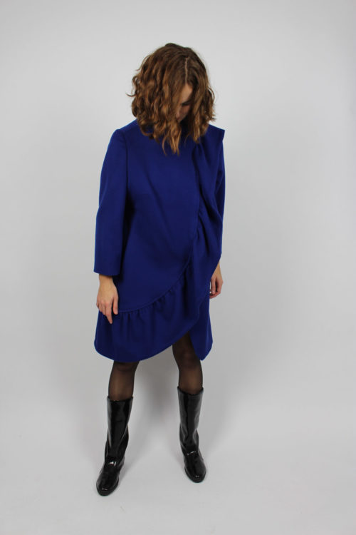 Mantel blau Rüsche
