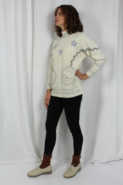 Pullover weiß Punktemuster
