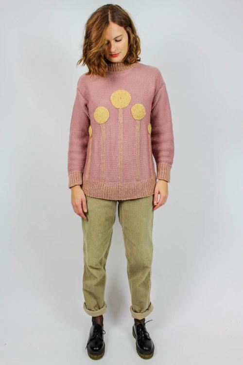 Rosa Pullover mit Kreisen