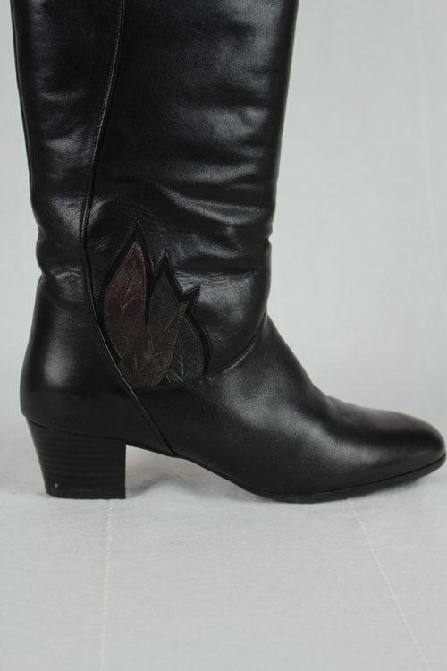 Stiefel schwarz Blattmuster