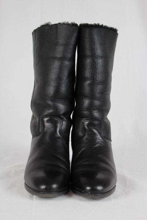 gefütteter Stiefel schwarz