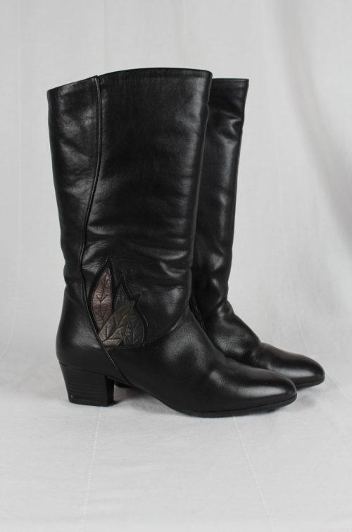 schwarzer Stiefel Second Hand