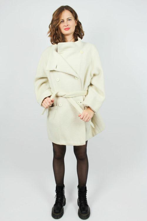 weißer Mantel Second Hand