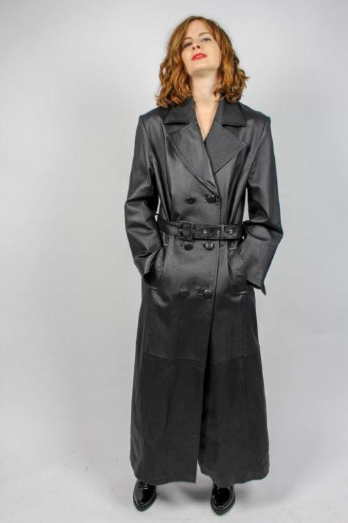 schwarzer Mantel Leder