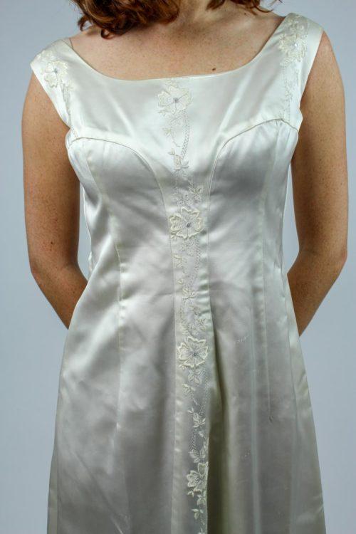 Brautkleid U-Ausschnitt
